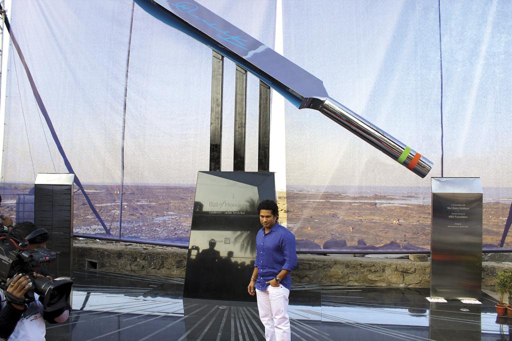 Sachin Tendulkar in front of the 'Bat of Honor'